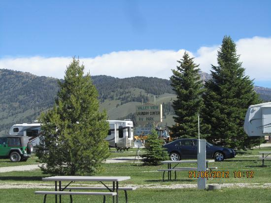 Valley View RV Park Campground: Spacious sites