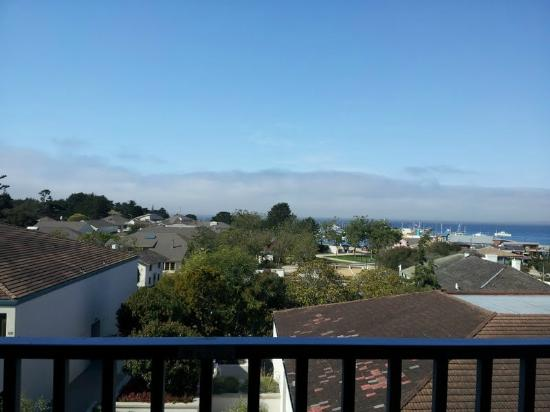 Portola Hotel & Spa at Monterey Bay: View from Balcony of Harbor View Room