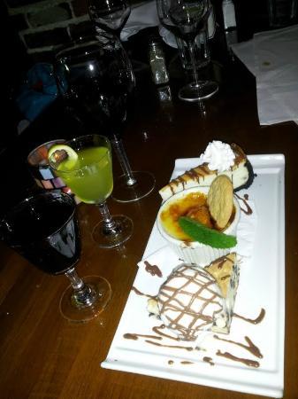 5th Street Steak House : Dessert Trio!
