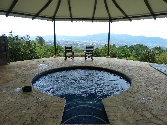 Pura Vida Retreat & Spa : Watsu Pool