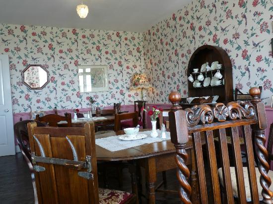 Mrs Knott's Tea-Room: Mrs Knott's Tearoom