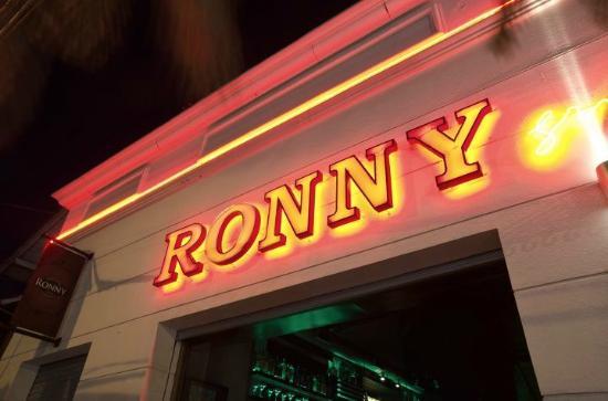 Ronny Steak House: ronny