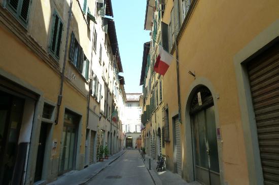 Hotel Art Atelier: Via dell'Amorino