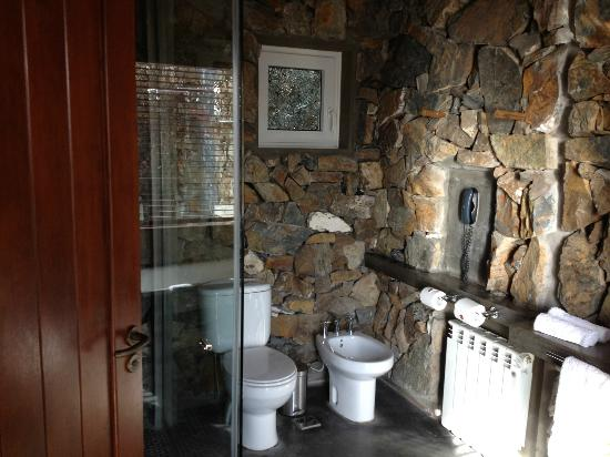 Cavas Wine Lodge: Great bathroom!