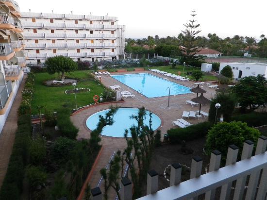 Apartamentos Tenesor: vue des piscines et jardins