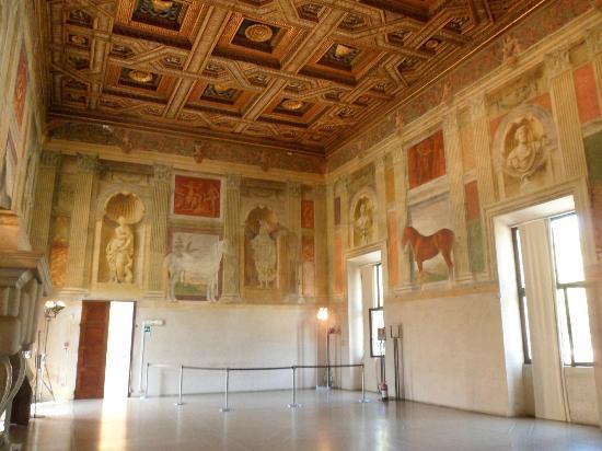 Sala grande dei cavalli foto di palazzo te mantova for Stanza mantova