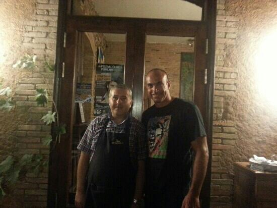 Restaurante Sotamuralla: With the Chef Xavi. You have to have dinner here, it's rare.