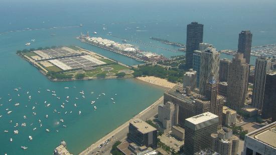360 Chicago Observation Deck: lake michigan
