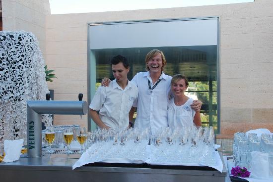 Robinson Club Cala Serena: Bierausschank bei Fete blanche