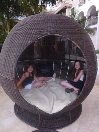 cool and interesting furniture - Picture of Gran Melia Palacio de ...
