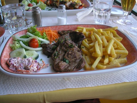 Mister Alvor : One of the many dishes we tried.