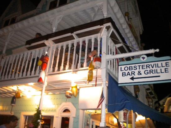 Lobsterville Grill: Lobsterville Bar & Grille