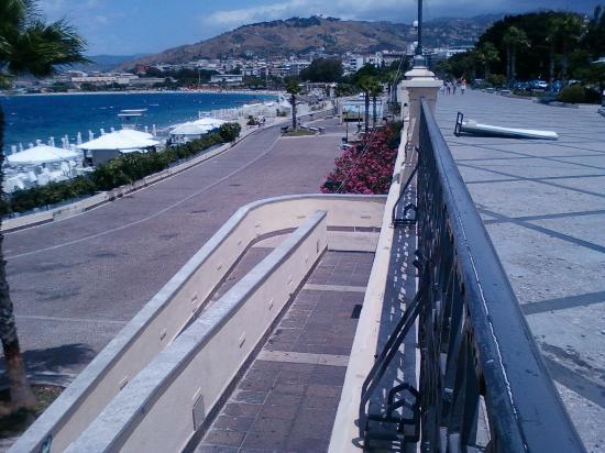 Lungomare Falcomata: Differenza tra Via Marina alta & bassa