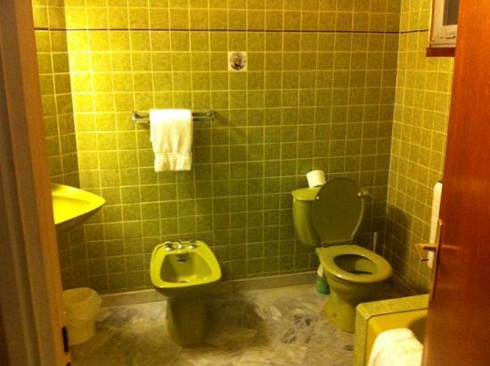 Hotel Le Floreal : Salle d'eau