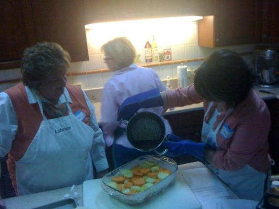 Loretta Paganini School of Cooking: At our girls night class - cooking yummy southern dishes!