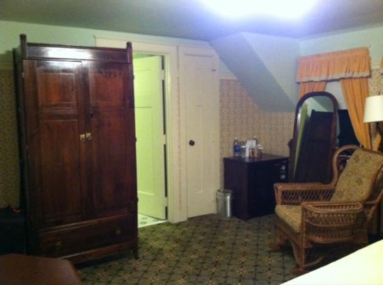 The Holly Inn - Pinehurst Resort: Guest room