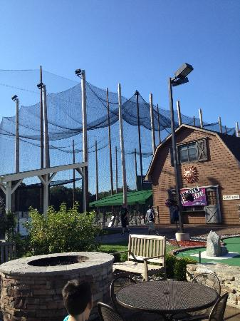 Somers, CT: Batting cages and arcade building