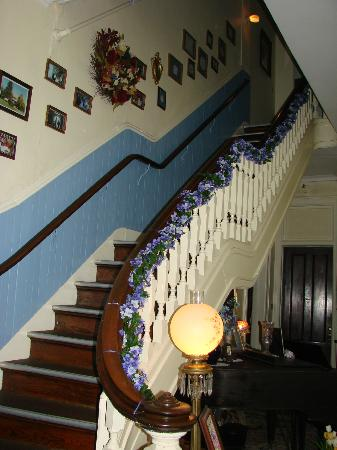 Lindenwald Haus: The Grand Staircase