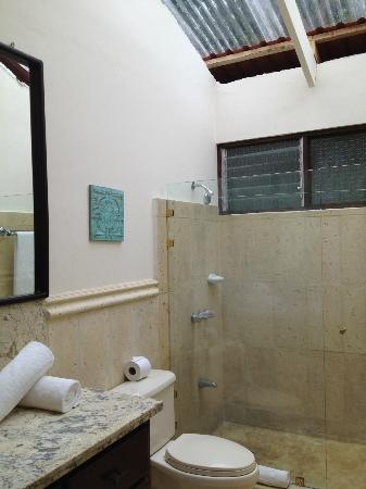 Villas Estival: Bathroom- showers only in both