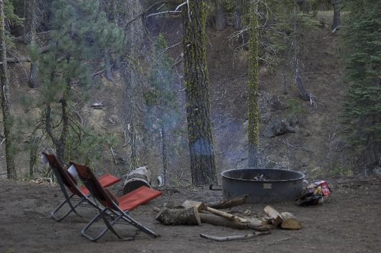 Warner Valley Campground: lovely fire pit