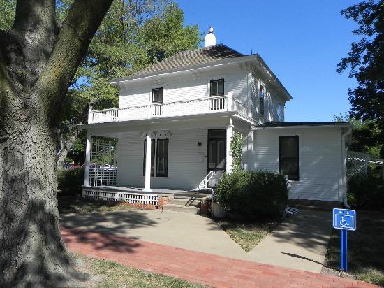 Dwight D. Eisenhower Library and Museum: Boyhood Home