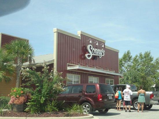 Sonny's BBQ: Restaurant