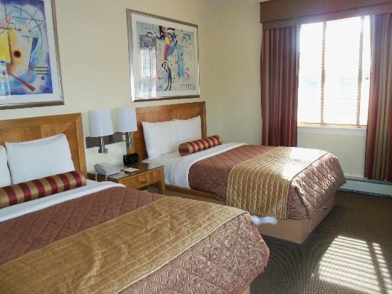 Alexander Inn: Our room