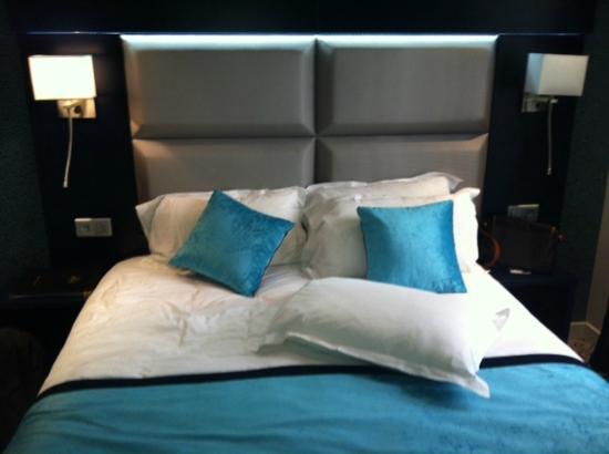 Hotel Prince Albert Montmartre : Zimmer