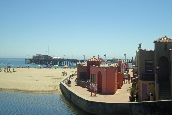 Capitola Beach: View of beach houses, beach and lagoon