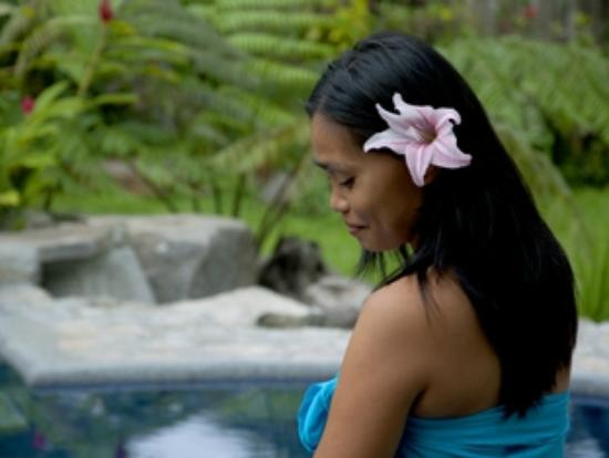 Atmosphere Resort: Guest in the spa garden