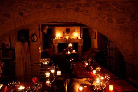 Moulin de Saint-Christol: la salle à manger
