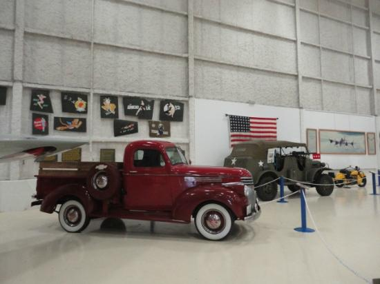 Lone Star Flight Museum: restored vehicles