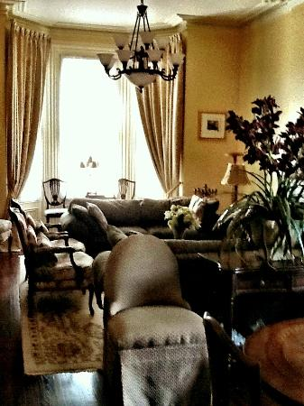 Stewart House Inn, Stratford, Ontario : Living room