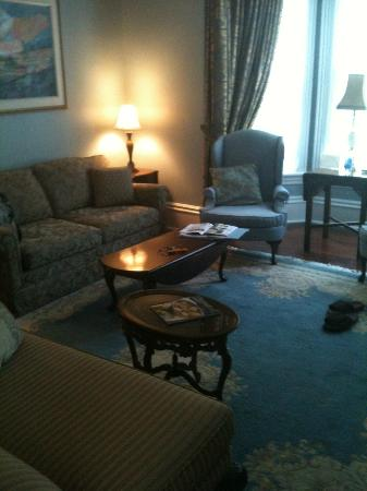 Stewart House Inn, Stratford, Ontario: Regency Suite - Back from the theater