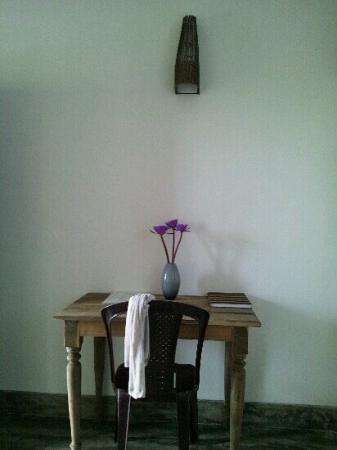 Lara's Place: writing desk with lotus flowers