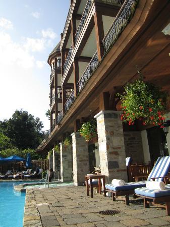 Hotel Quintessence : pool area