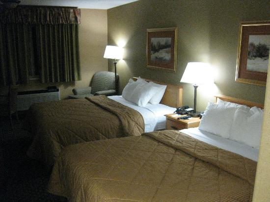 Comfort Inn Green River: beds, comfortable beds after a day on the road