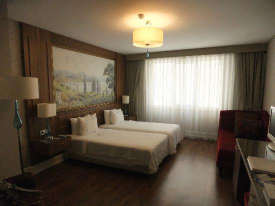 Neorion Hotel: 広くて清潔な部屋