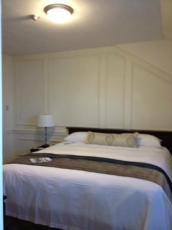 ديجبي باينز جولف ريزورت آند سبا آن آسيند هوتل كوليكشن: Comfy king bed