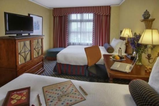 Serrano Hotel: room