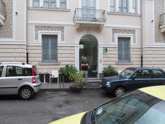 Hotel B&B Villa Italia : Michael and Petrina... Brooklyn