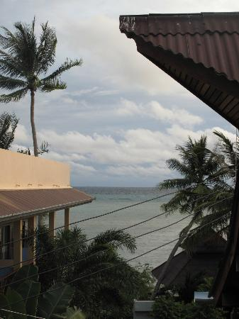 Koh Tao Tropicana Resort: The view from the back balcony