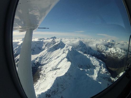 Air Milford: Snow Capped Fiordland