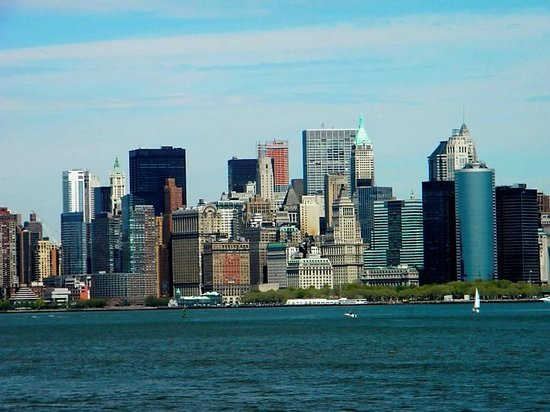 New York City, NY: Manhattan skyline
