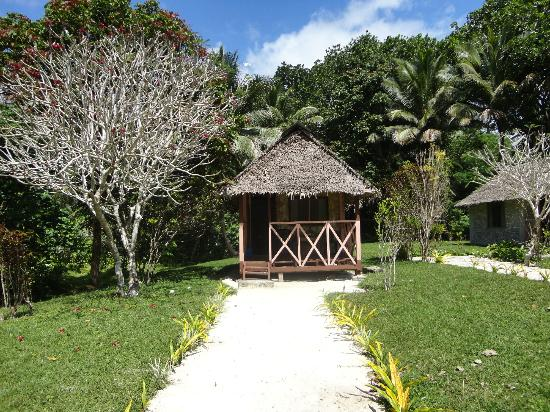 Lonnoc Beach Bungalows : Another bungalow