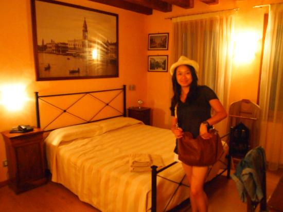 Ca' Barba B&B: Our Room!