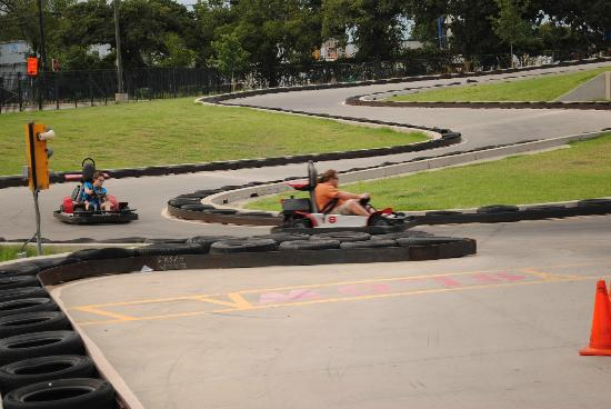 SpeedZone: Go cart racing