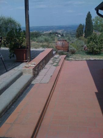 Agriturismo Il Castagnolino: Allée