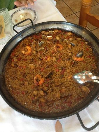 Raco del Riu : the amazing paella