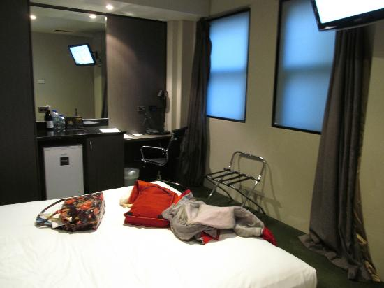 Park8 Hotel Sydney: Room without a view